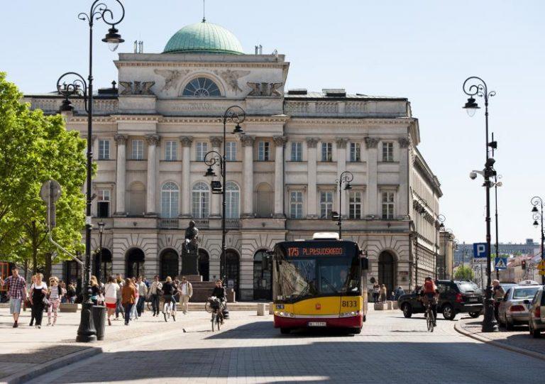 zdjęcie autobusu WTP na Krakowskim Przedmieściu