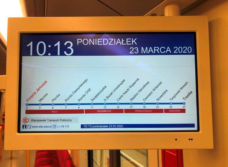 zdjęcie - wyświetlacz informacji pasażerskiej z przyszłą trasą linii M2