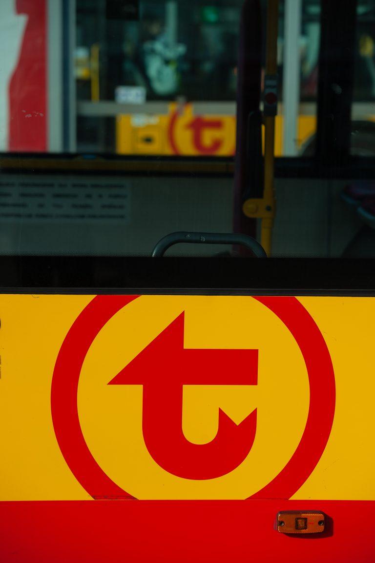 logo WTP na autobusie