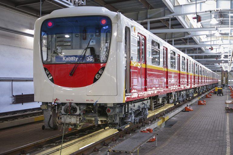 Pociąg metra serii 81