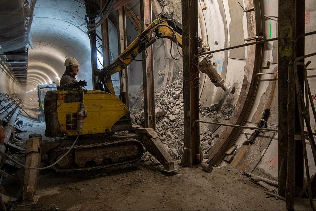 budowa łącznika tunelowego