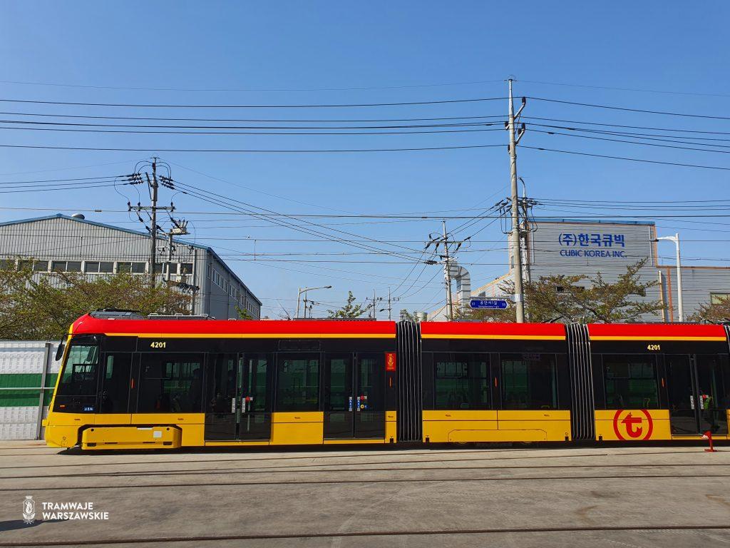Nowy tramwaj Hyundai po testach