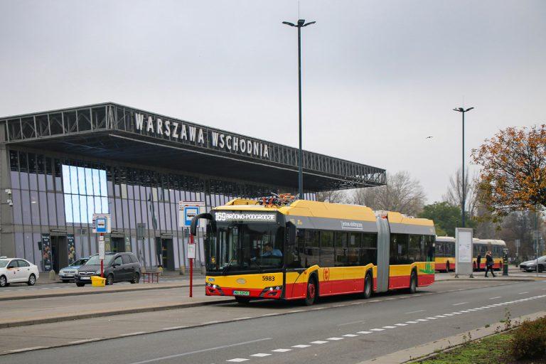 Zdjęcie autobusu linii 169 na krańcu Warszawa Wschodnia - Kijowska